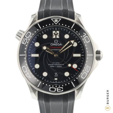 Omega - Seamaster 300 James Bond 'GUN BARREL' Edition .
